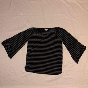 Women's Bell Sleeve Shirt Black & White sz Small